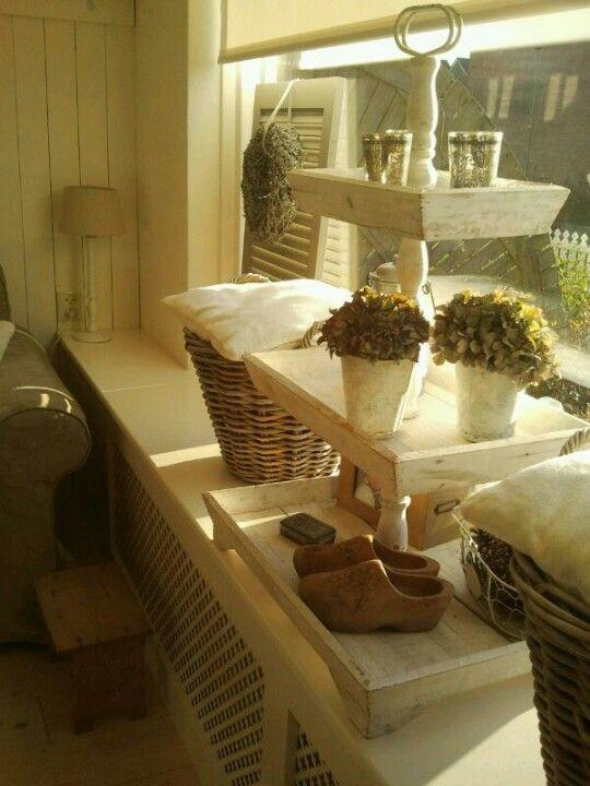 landelijk home inspiration pinterest etageren deko en ladeneinrichtung. Black Bedroom Furniture Sets. Home Design Ideas