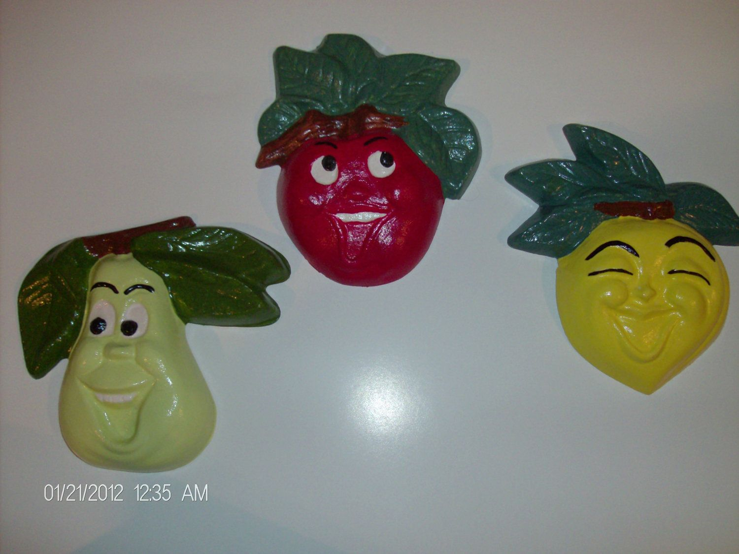Vintage Style Fruit Face Chalkware Wall Plaques.....I Love Mine!