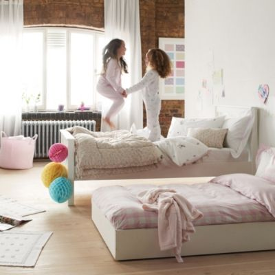 Classic Truckle Under Bed Beds The White Company Childrens Bedroom Furniture Bedroom Furniture Beds Childrens Bed Linen