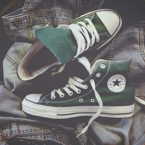 95eee4fdff  DreamGirl Green Converse High Tops