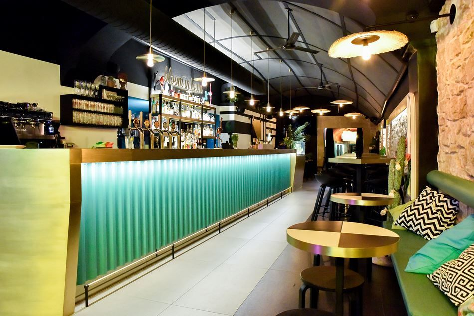 BIT - BLOOM IN TOWN - Picture gallery Interiors - Bar Pinterest