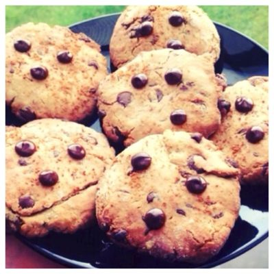 Ripped Recipes - Healthy Chocolate Chip Cookies - yummy crunchy chocolate chip cookies