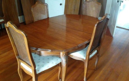 Antique Table Rare Davis Cabinet Co And 6 Chairs