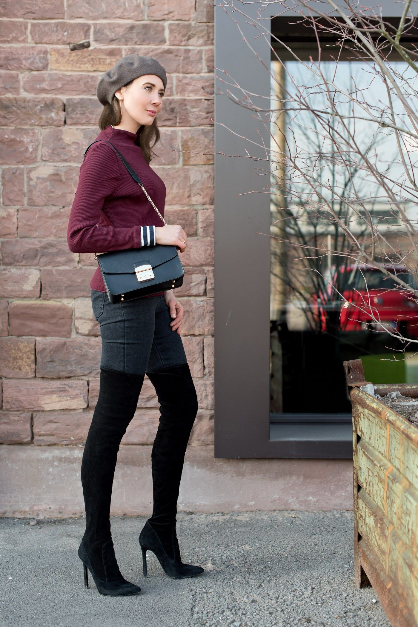 f6768affde7 Outfit  Bordeaux and Black