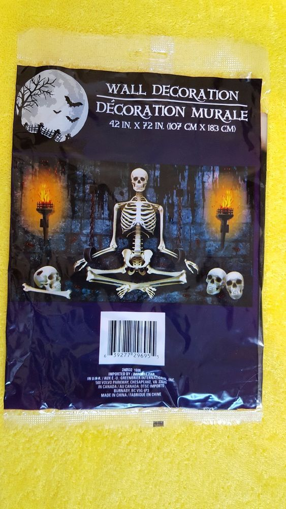 DUNGEON SKELETON MURAL Horror Door Poster Halloween Decoration