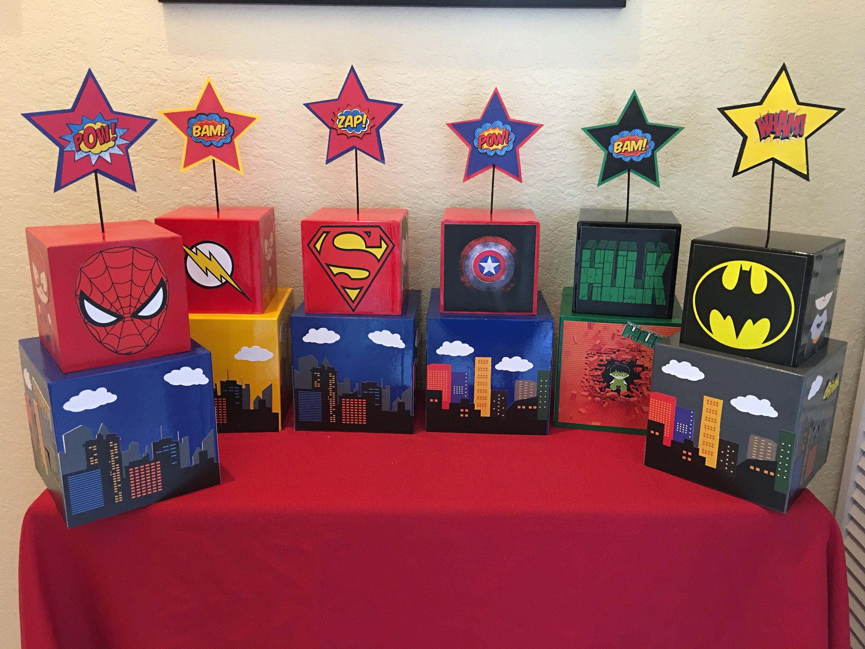 Deadpool 30 Superhéroes: Flash Superhero Centerpiece, Superhero Party, Batman