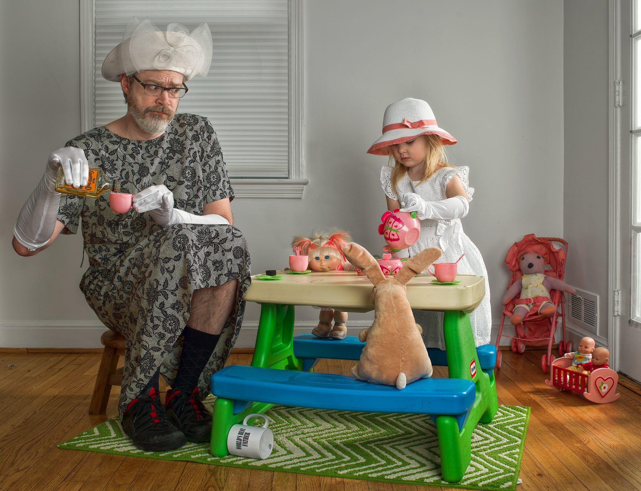 Смешные картинки в няньках с детьми