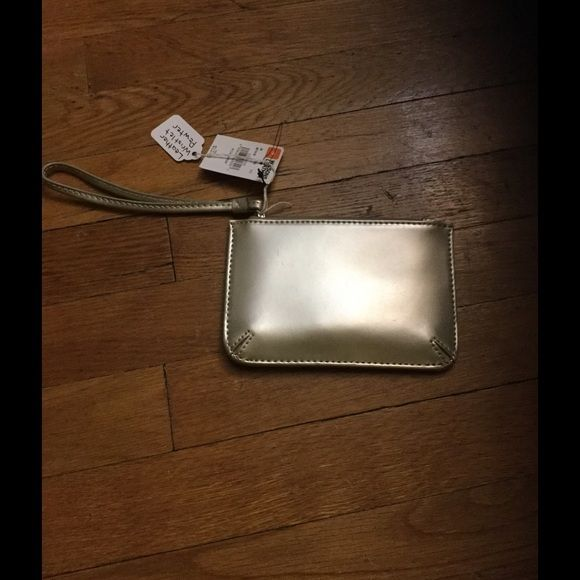 Wilson leather small clutch Beautiful pewter color wristlet Wilsons Leather Bags Clutches & Wristlets