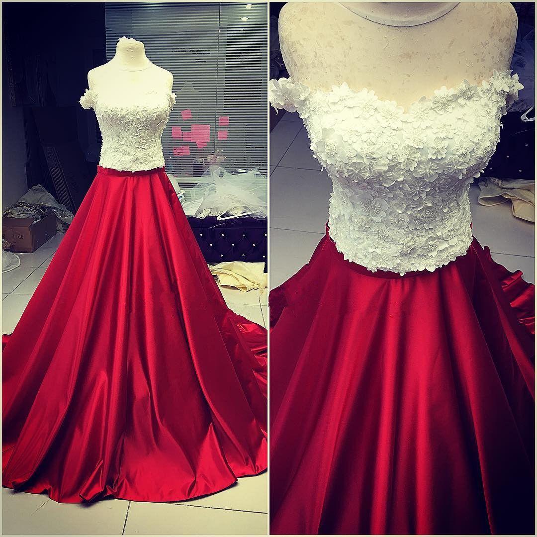 Elegant prom dressball gown appliques prom dressfull sleeve