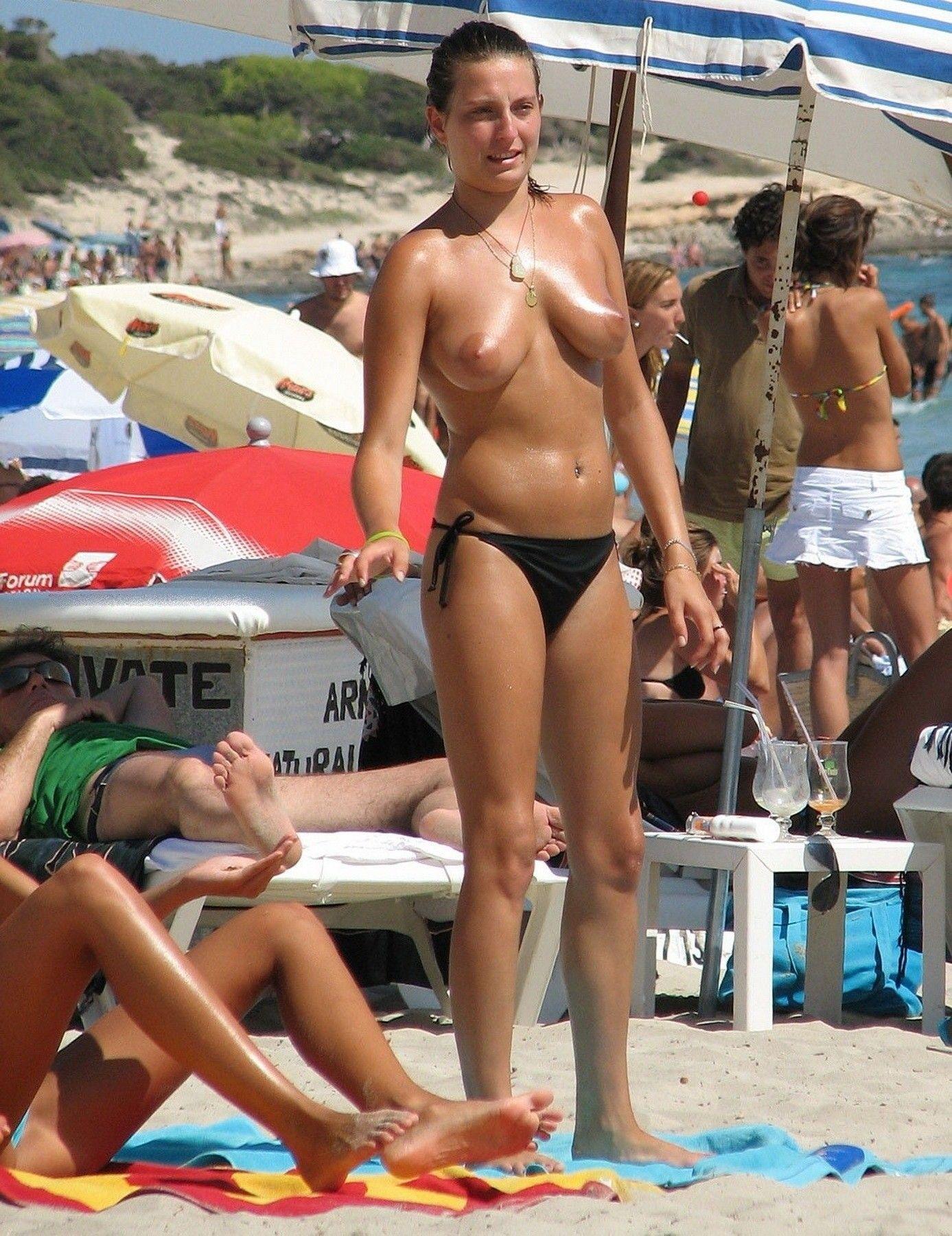 Please Feel Free To Submit Flashing Pics Preferable Something Tasteful Gunnison Beach