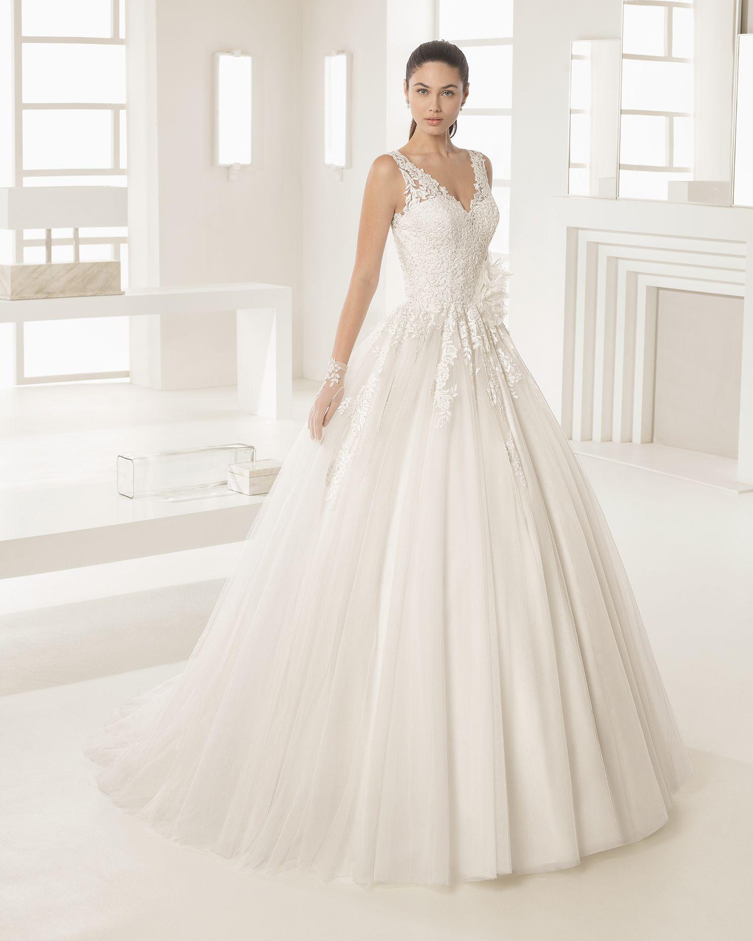 Vestidos para bodas en octubre 2019