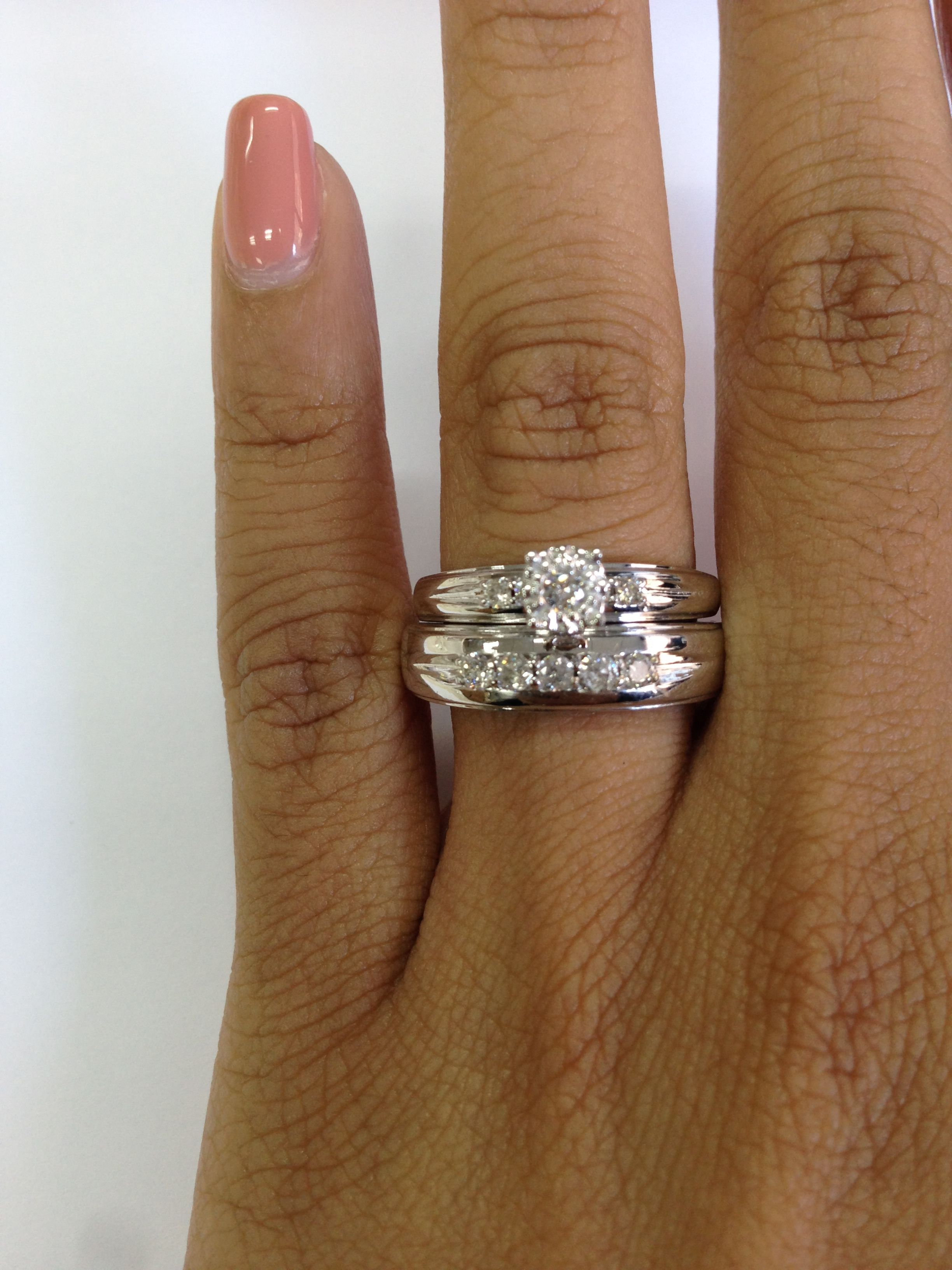Rings On Hand Bridal Set Br136w Engagement Ring And Ladies