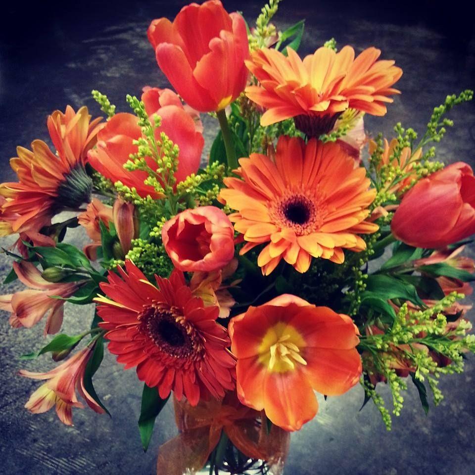 All orange vase arrangement, perfect for summer! http://www ...