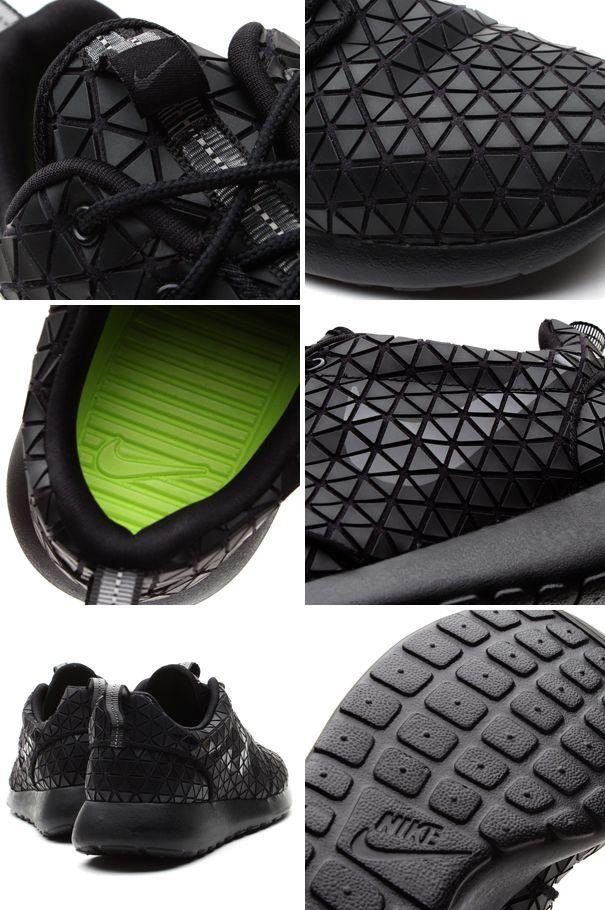 c8f45c04481 Nike WMNS Roshe Run