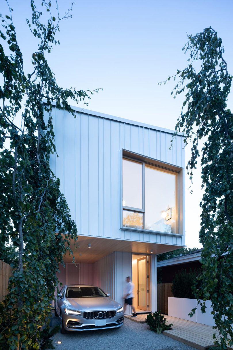foot wide lot drives an innovative home in vancouver design milk also house rh pinterest