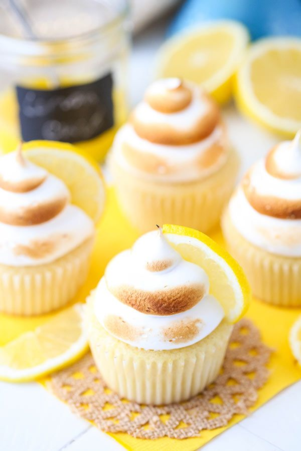 Lemon Meringue Cupcakes #lemonmeringuepie