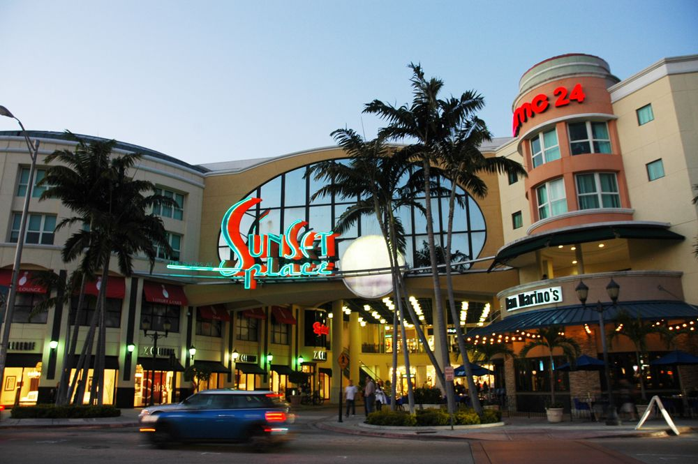Sunset Place Mall, Miami