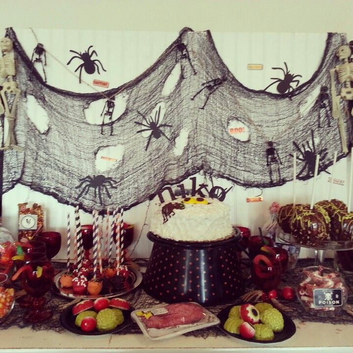 halloween birthday party kinderparty pinterest. Black Bedroom Furniture Sets. Home Design Ideas