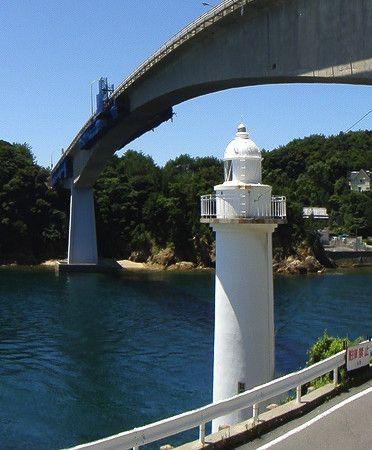 Murotsu Light, Kaminoseki, July 2010 Panoramio photo copyright kokudou188; permission requested