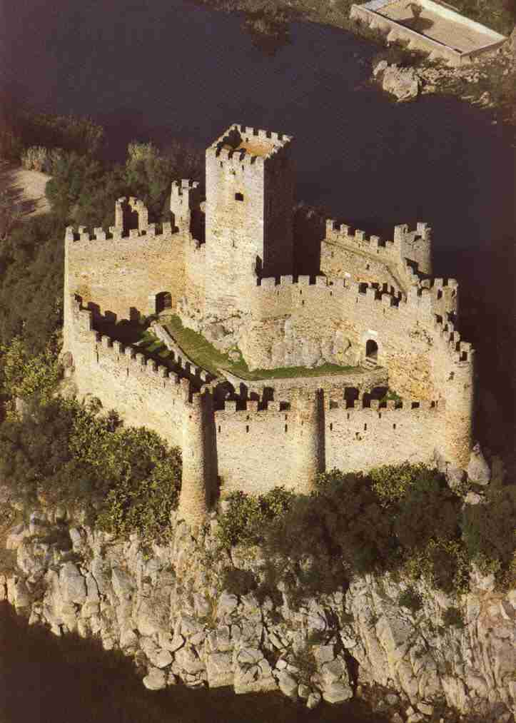 Templar Castle Armourol Portugal With Images Medieval Castle European Castles Castle Ruins