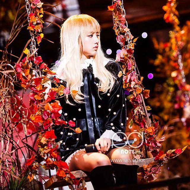 Blackpink Wallpaper Stay: [161106] 'STAY' #BLACKPINK Lisa At SBS Inkigayo