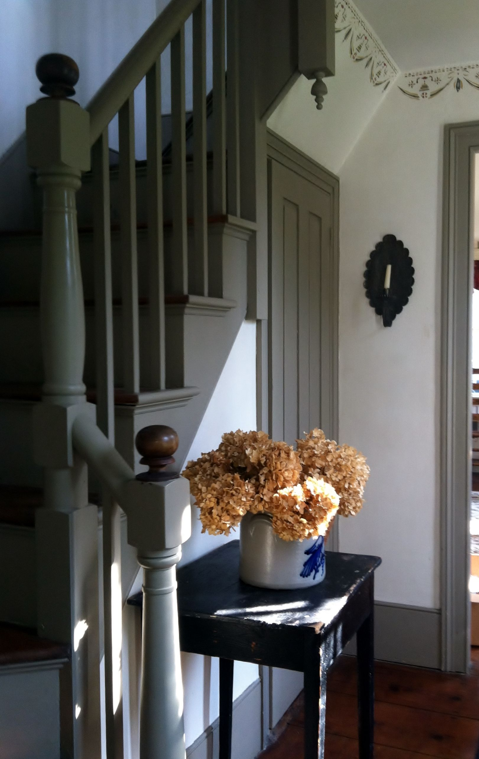 Front Entrance Of An 1835 New England Colonial Colonial House Interior Summer Home Decor French Style Homes