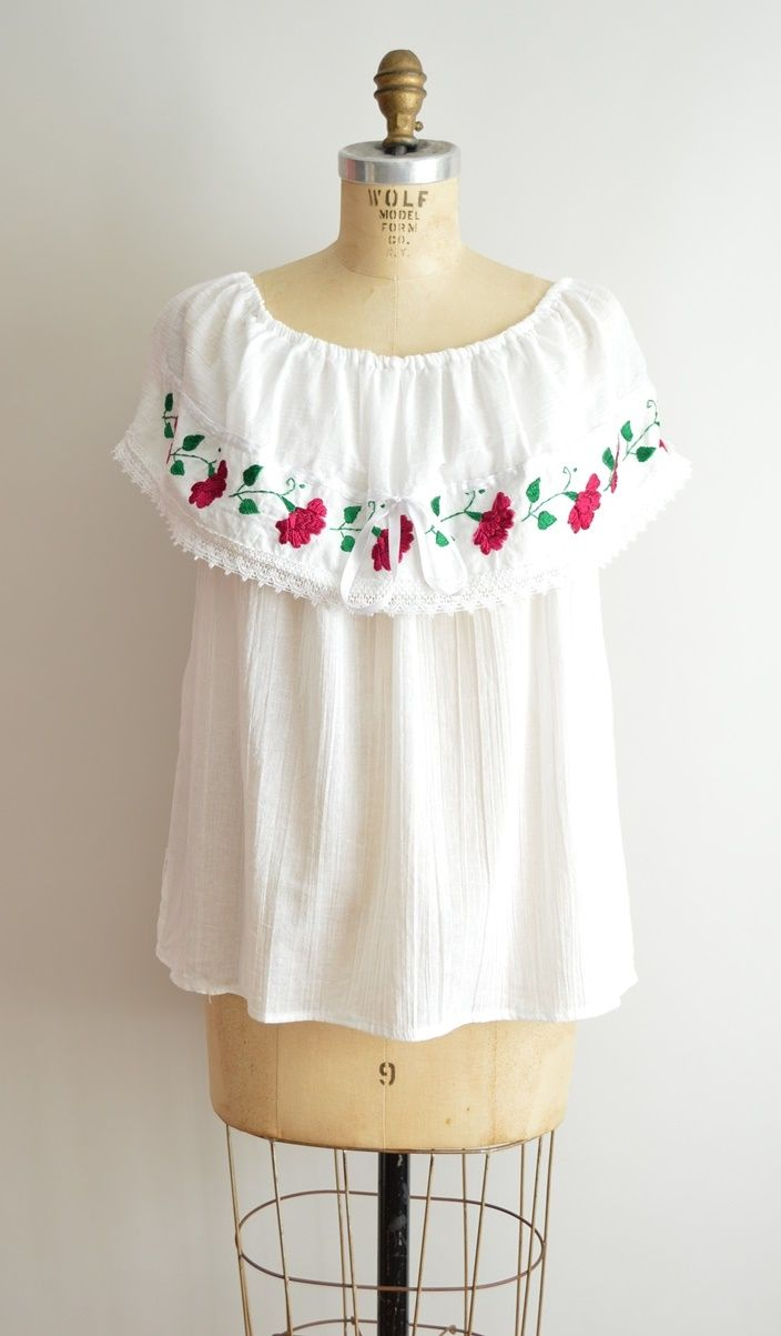 Vintage Peasant Top Mexican Embroidered Blouse Boho Top M White