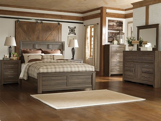. This is a great gender neutral teenage bedroom set that will grow