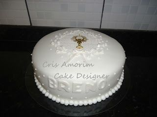 Cris Amorim Cake Designer: Bolos de Batizado e Primeira Comunhão