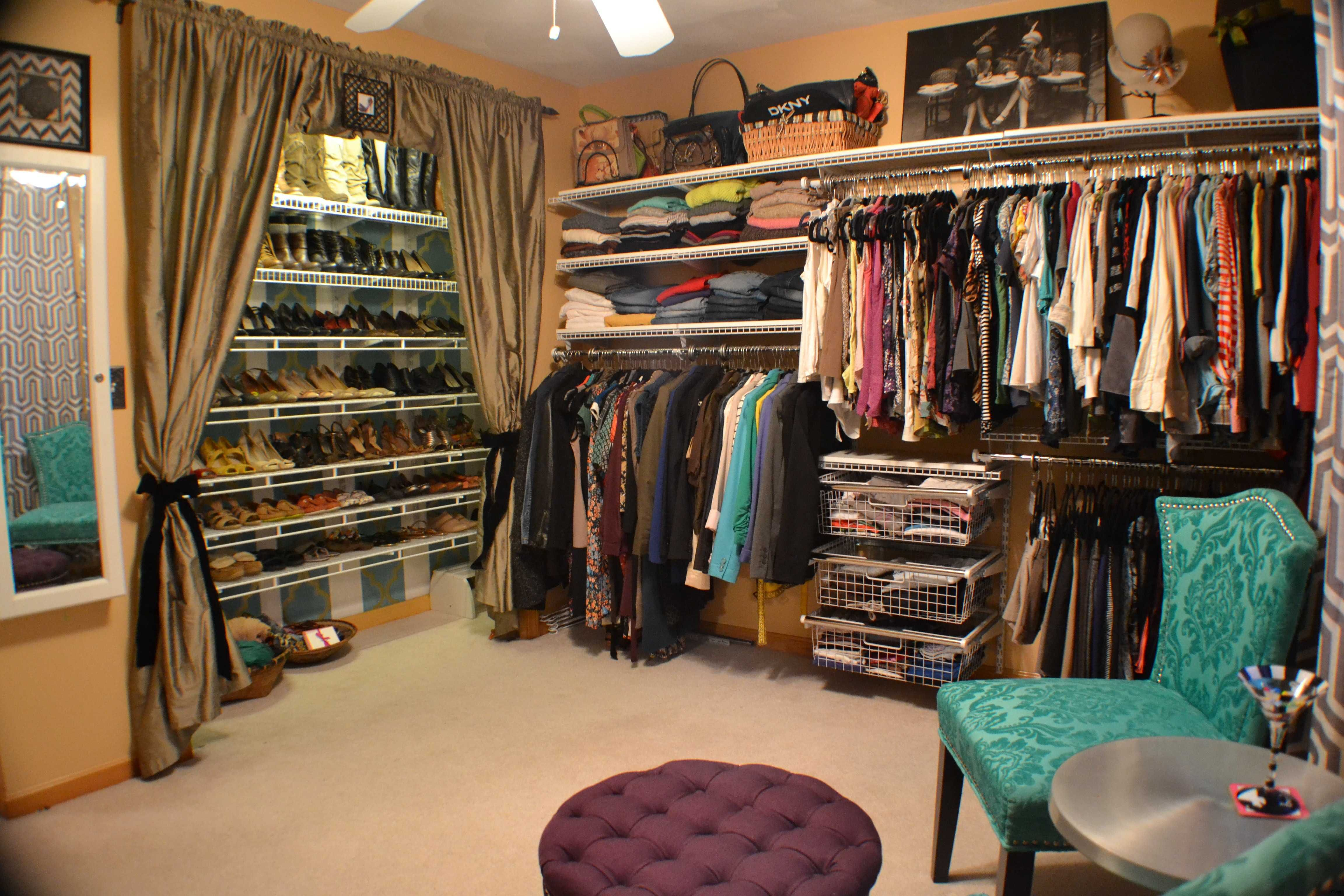 Turn A Bedroom Into A Walk In Closet Spare Bedroom Closets
