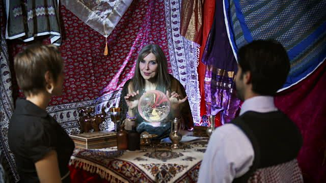 gypsy-fortune-teller-with-faulty-crystal-ball-video-id159089014 (640