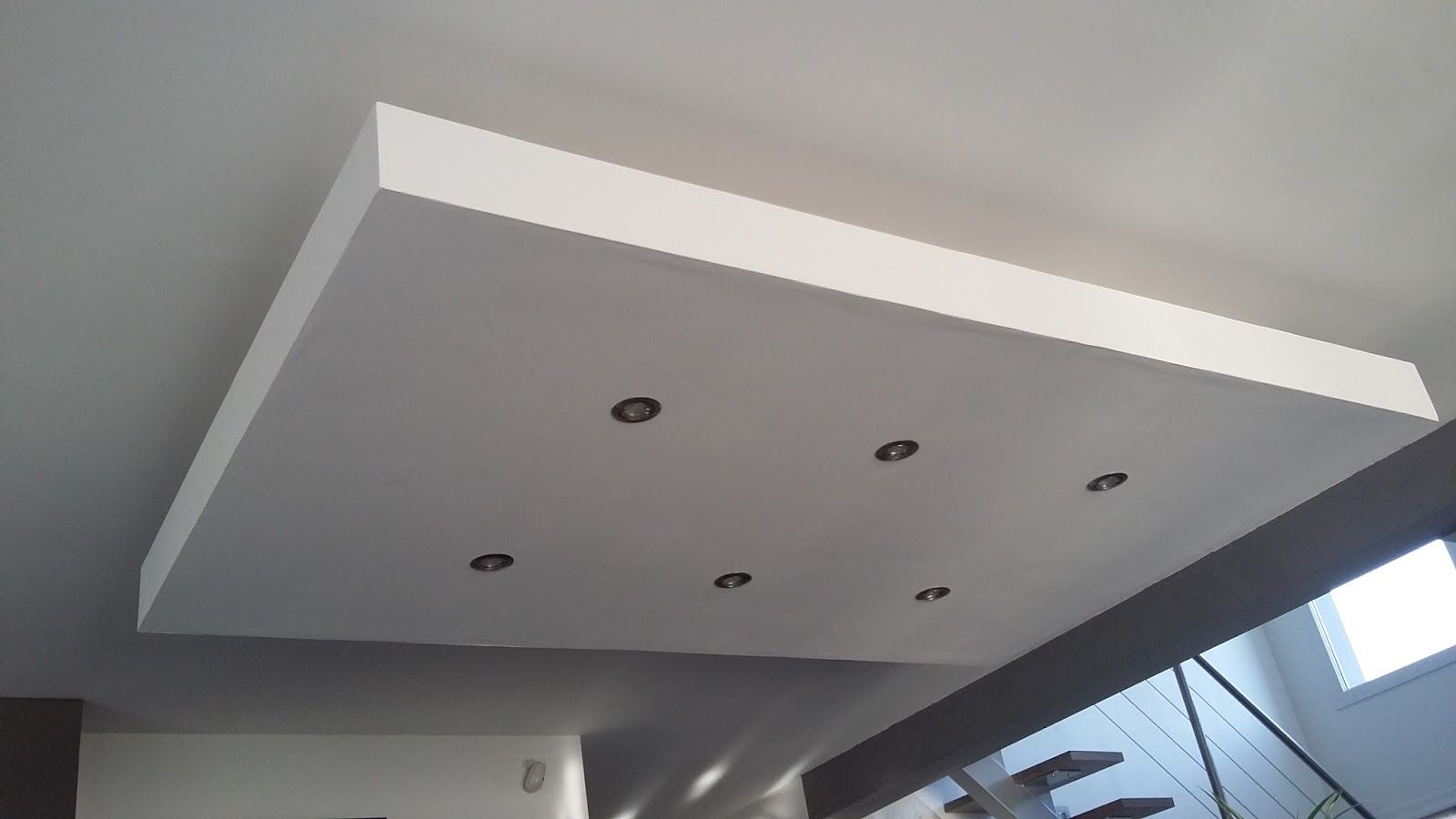 D 233 Roch 233 Plafond Descendu Suspendu Ilot Central