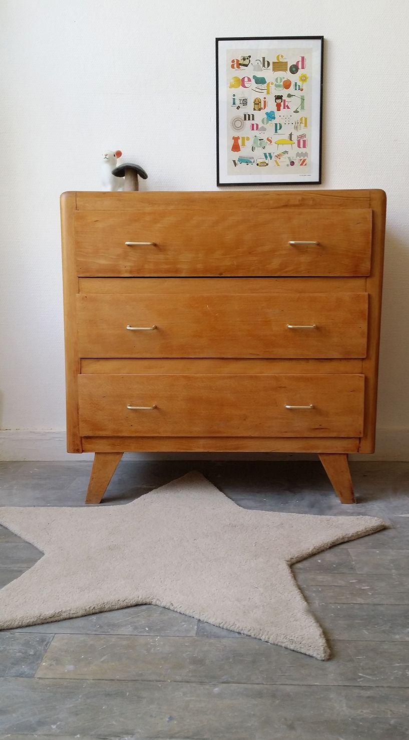 une jolie commode vintage aux pieds compas meuble vintage vintage. Black Bedroom Furniture Sets. Home Design Ideas