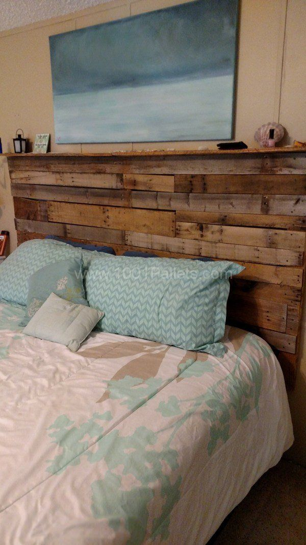 Pallet Bed Headboard Made Out Of 3 Wooden Pallets | Decoración