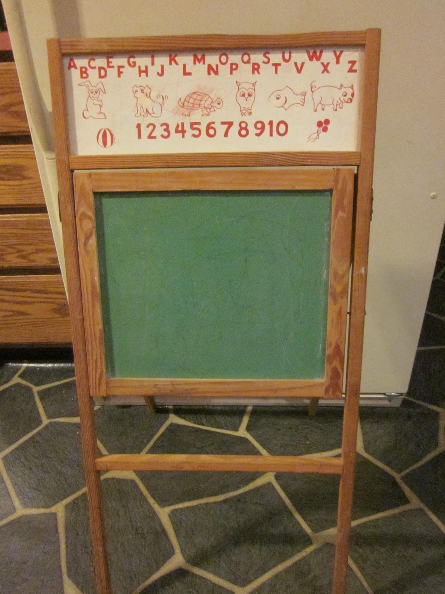 Vintage Chalk Board Easel For Sale On Hartford Ct Craigslist Vintage School Childhood Memories Old School House