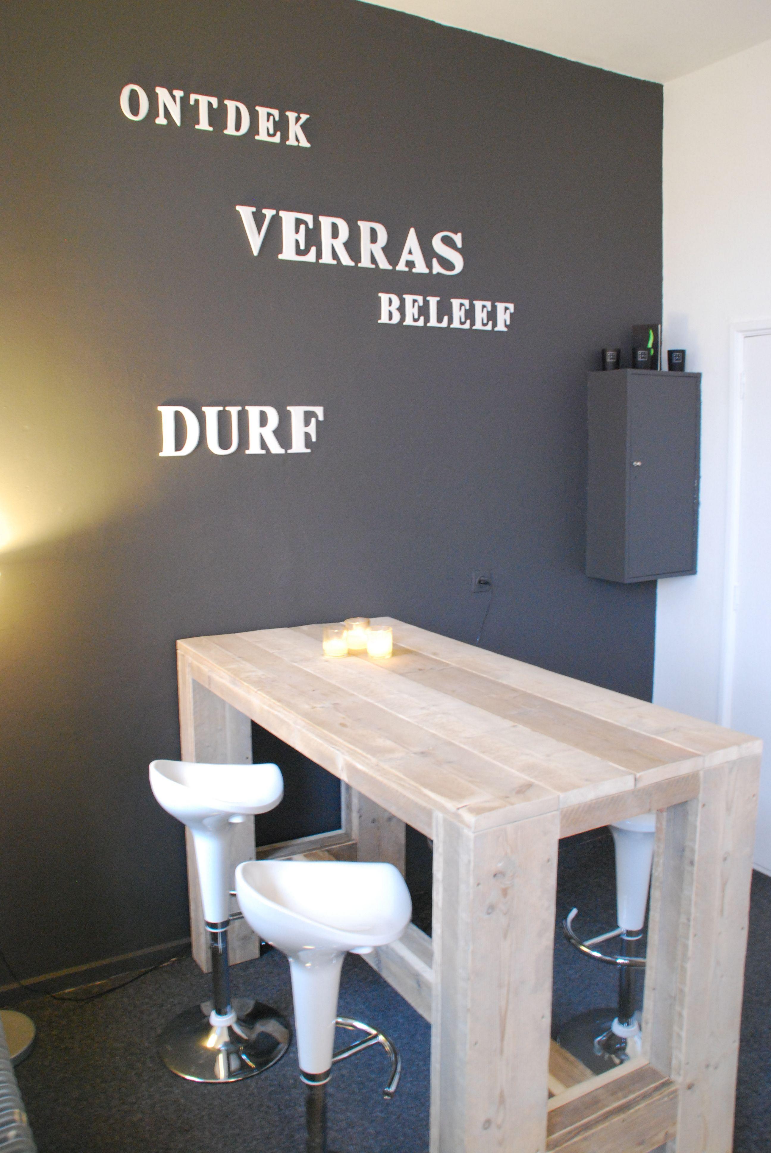 Pin van jorrit verhoeven op steigerhout pinterest bar plaatsen en keuken - Decoratie tafel eetkamer ...