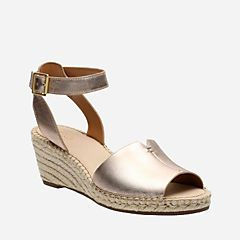 f36afafbf44 Petrina Selma Gold Metallic Leather - Womens Wedge Sandals - Clarks® Shoes  Official Site