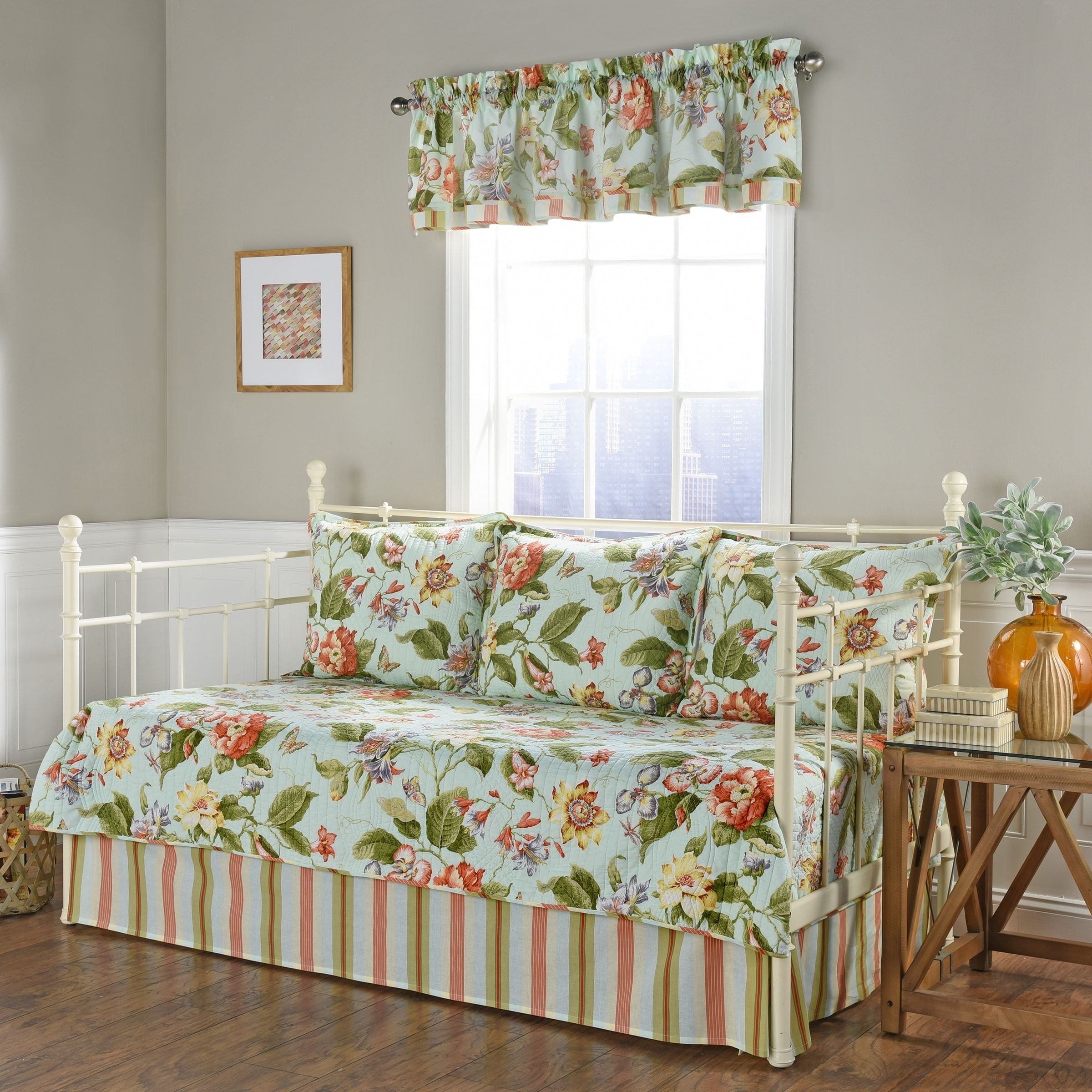 Waverly Laurel Springs Opal Daybed Reversible Quilt