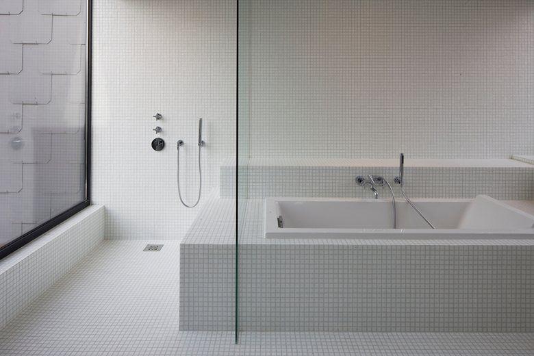 White House | Guillaume Da Silva #bathroom | Bathroom-Toilet ...