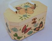 Vintage Oriental Box Purse by OmbelleVintage on Etsy.