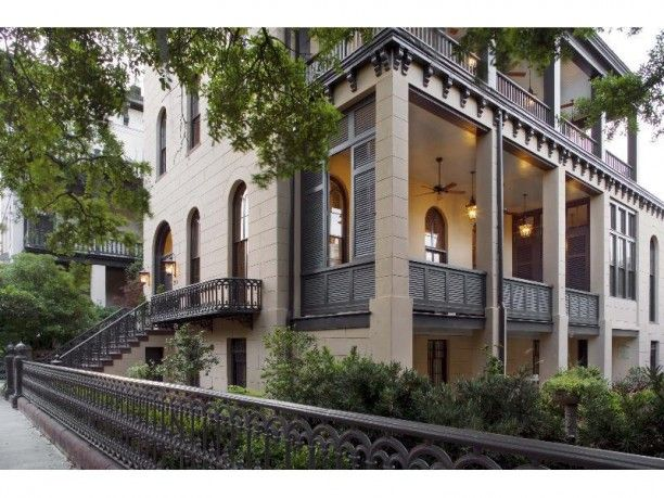 Savannah style house plans
