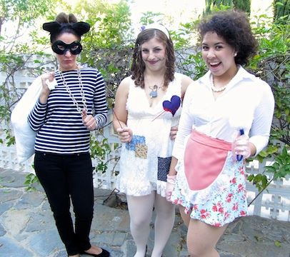 Quick Costume Ideas  http://www.alisondeyette.com/blog/last-minute-halloween-costumes-under-5-less-5-minutes