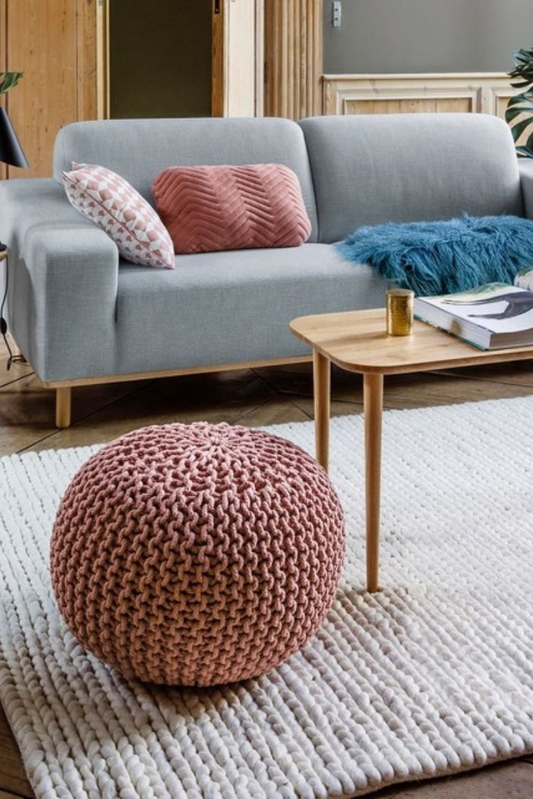 Les Plus Belles Tables De Salon Pouf Rond Tresse Bisho Rose Laredoute Salon Blog Deco Clem Around