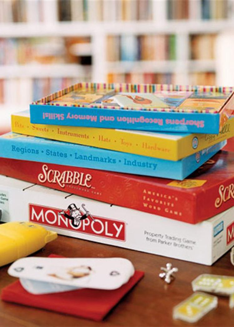 Game night http://www.pinterest.com/BonnieWPhotos/ | Dinner party games, Family game night, Game night parties