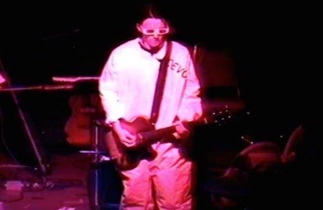 Watch Elliott Smith in a '94 Devo tribute band