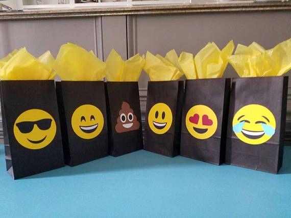 12 Emoji Favor Bags Bags Are 8 9 X 2 8 X 4 8 Inches Emoji Birthday Party Emoji Theme Party Emoji Birthday