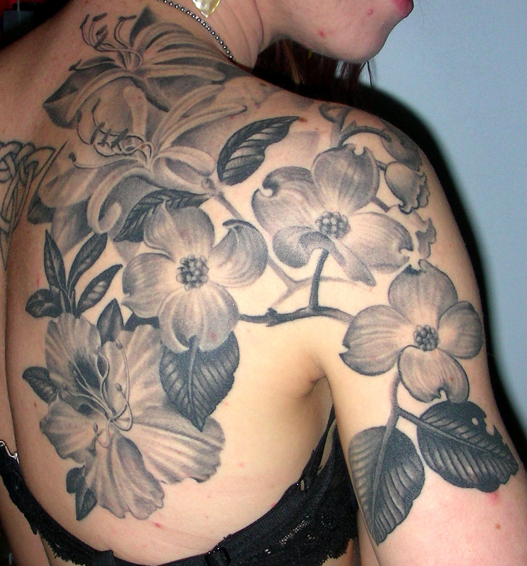 black and grey flower tattoos for women published february 17 2012 at 1675 1800 in black. Black Bedroom Furniture Sets. Home Design Ideas