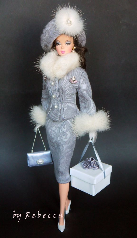 FR and Victoire Roux by Rebecca 15 pairs of gloves for Silkstone Barbie