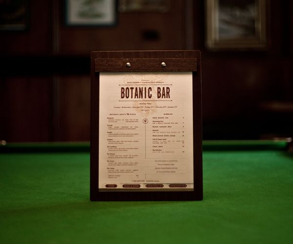 Men y dise o 40 de las mejores cartas de restaurante del for Centros de mesa para restaurantes