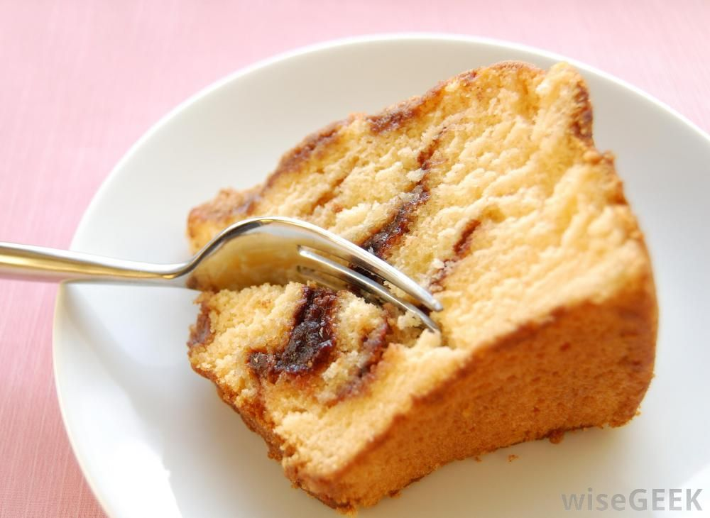 1 yellow cake mix 1 cup sour cream 4 eggs 1 small instant ...